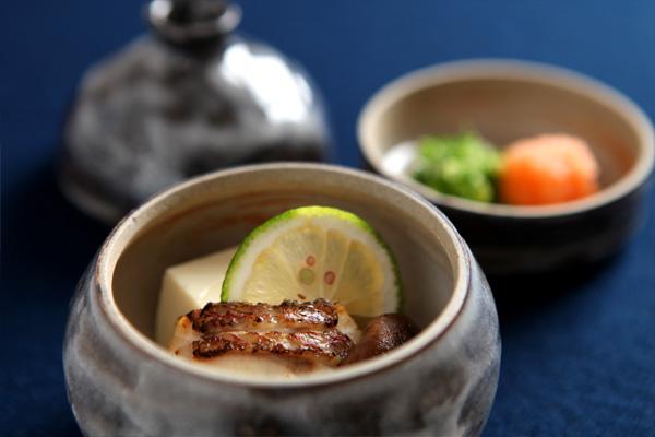 蒸し物(徳利蒸し 天然鯛)